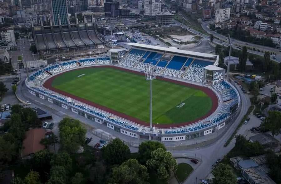 """Stadiumit """"Fadil Vokrri"""" do t'i shtohet kapaciteti i ulëseve"""