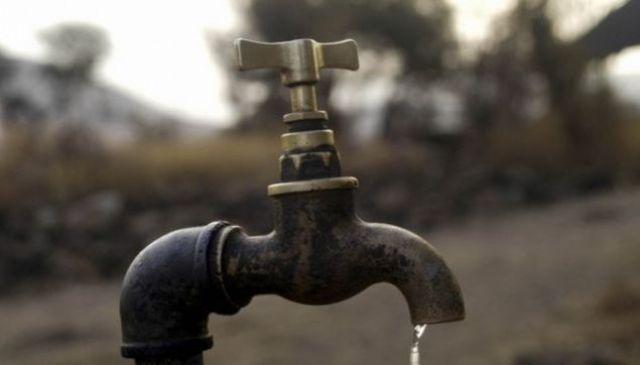 Uji në Kamenicë me erë të keqe, banorët në hall