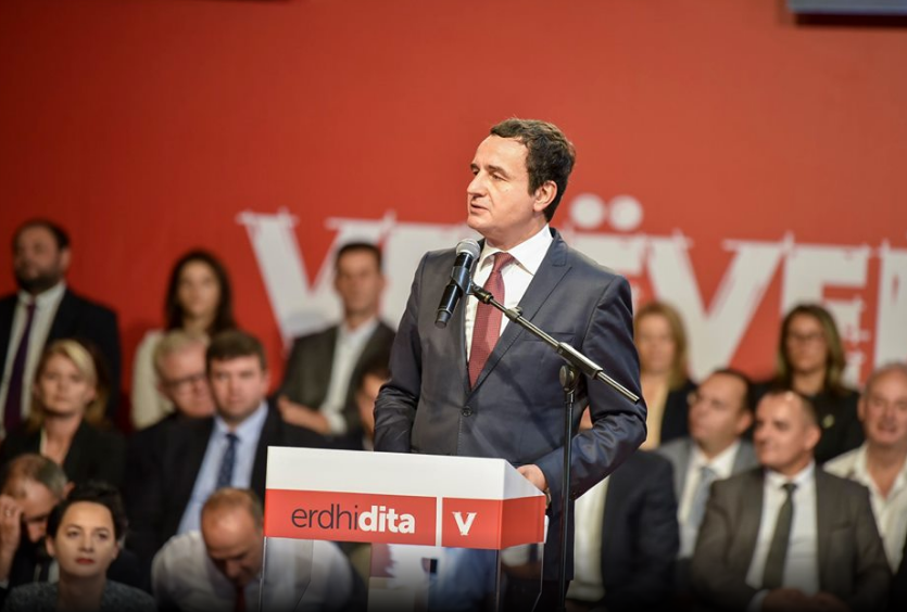 Albin Kurti edhe kryeministër edhe kryetar partie, ndryshohet statuti i Vetëvendosjes