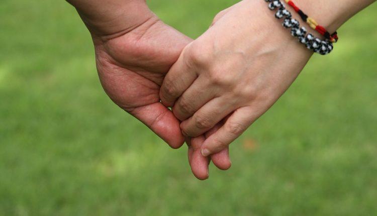 Shkenca tregon pse çiftet shtojnë kile pasi hyjnë në lidhje serioze