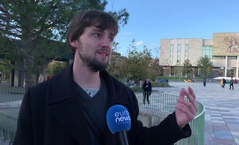 I riu serb shkon në Tiranë për t'i gjurmuar rrënjët shqiptare