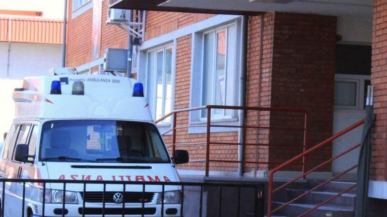 Pas sulmit ndaj infermierëve në Spitalin e Mitrovicë, nesër mbahet protestë
