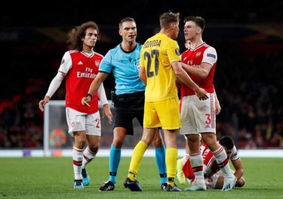 Vojvoda në stol kundër Arsenalit, Mustafi e Xhaka në shtëpi