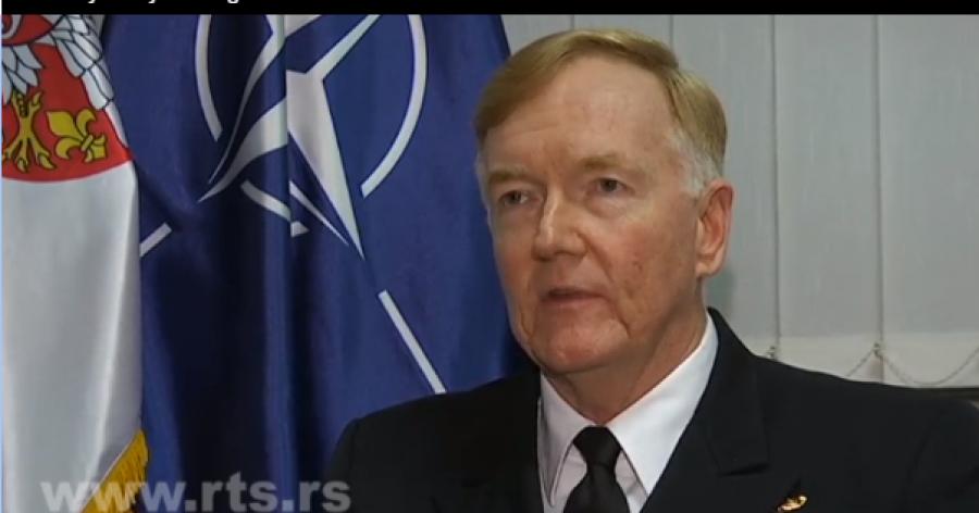 Admirali Foggo në Serbi: KFOR-i ka bërë punë të mirë në Kosovë